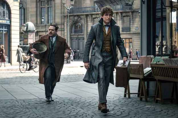 """""""Fantastic Beasts: The Crimes of Grindelwald"""" Trailer & Set Pics – See Them Here!"""