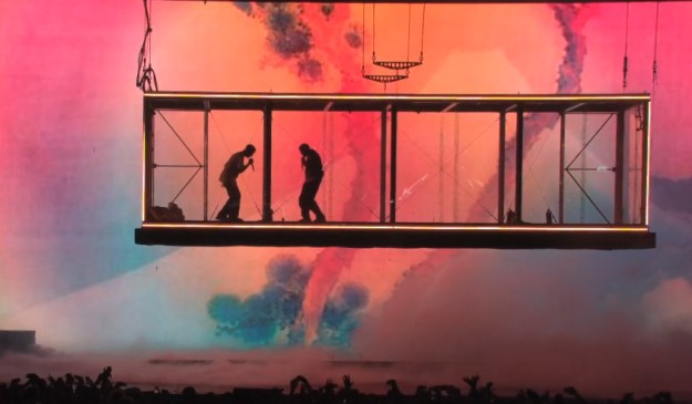 Ye Pushes Album Back & Lorde Accuses Him & Kid Cudi of Stealing Her Stage Show for Camp Flog Gnaw – Video & Details Here!