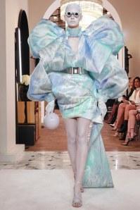 Balmain-Spring-2019-Couture-PFW-Runway-Fashion-13
