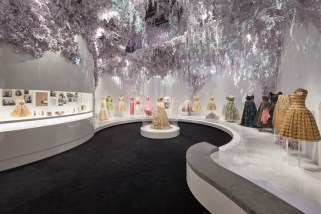 Christian-Dior-Designer-Dreams-Exhibition-2