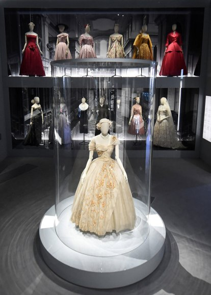 Christian-Dior-Designer-Dreams-Exhibition-9