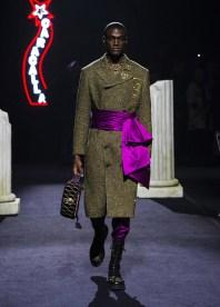 Moschino-Fall-2019-Menswear-Collection2