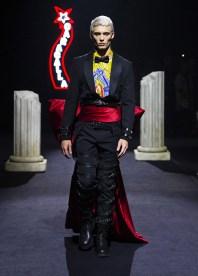 Moschino-Fall-2019-Menswear-Collection3