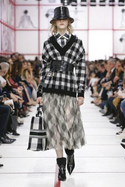 Christian-Dior-Fall-2019-Collection-Paris-Fashion-Week (10)