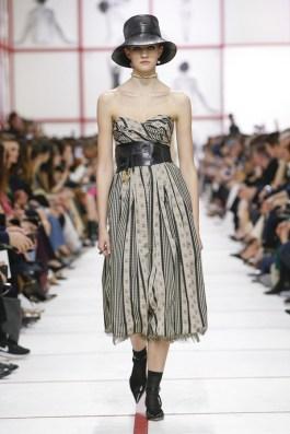 Christian-Dior-Fall-2019-Collection-Paris-Fashion-Week (16)