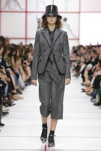 Christian-Dior-Fall-2019-Collection-Paris-Fashion-Week (3)