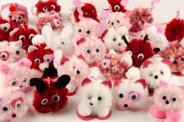 25 pompom pets