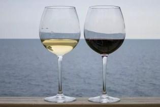 wine-1585337_640