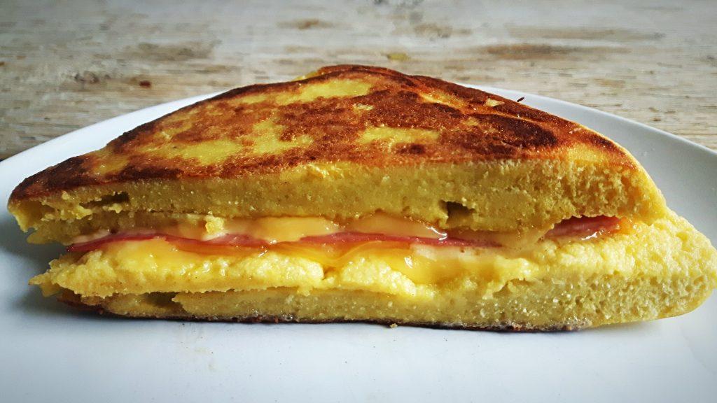 Koolhydraatarme tosti - flowcarbfood.nl