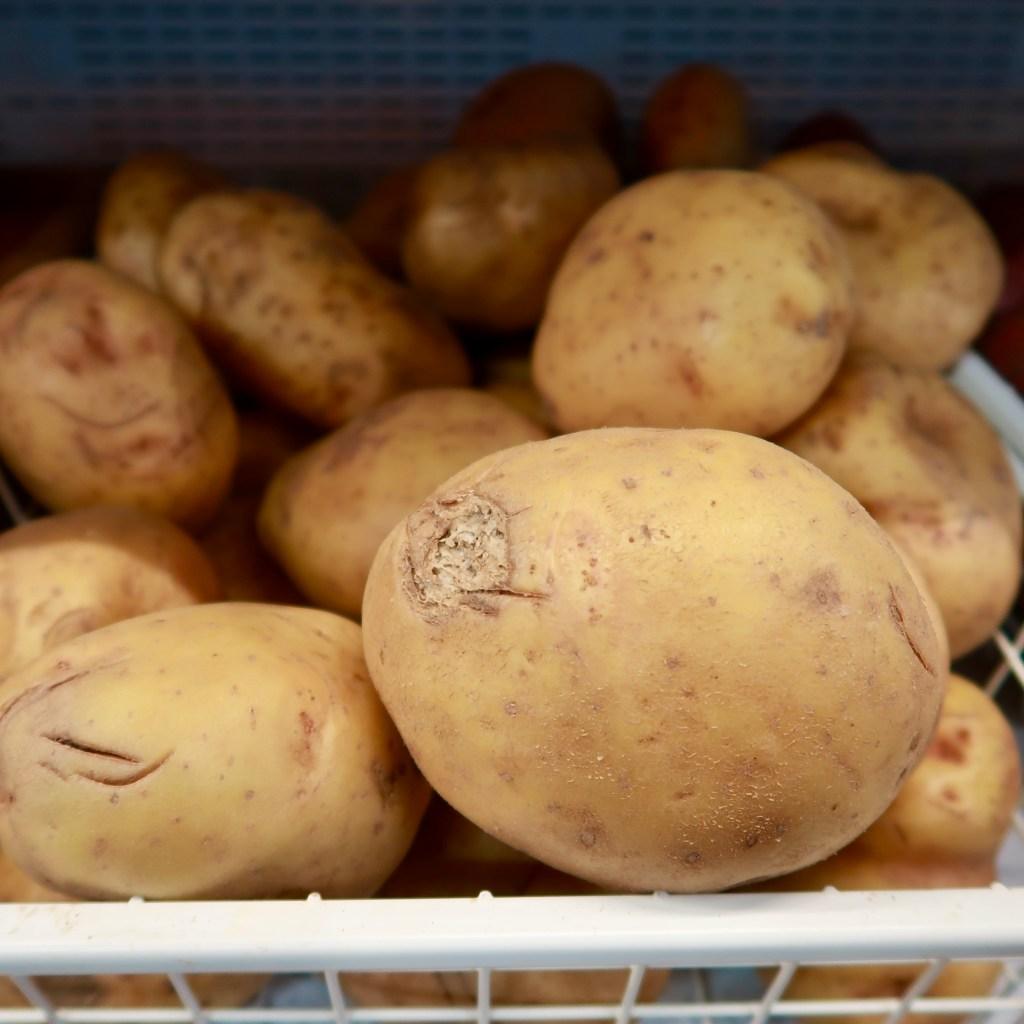 Baking Potatoes 1KG