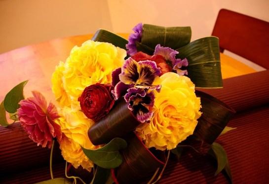今が旬のパンジーを使った花束♪2500円★
