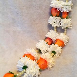 Fresh-Orange-and-White-Garland