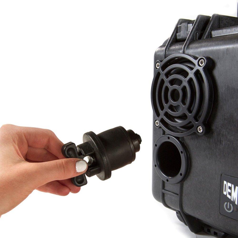 DemerBox-plug-BLACK_1200x