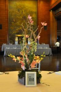 flowerduet-manzanita-orchid-centerpiece