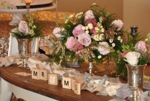 flowerduet-sweetheart-table-centerpiece