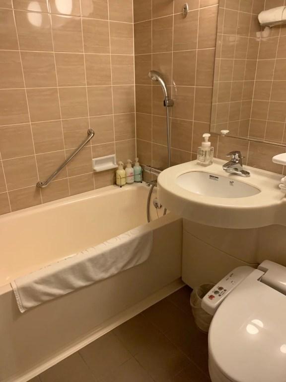 KKRホテル東京のバスルーム