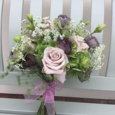 Bridal bouquets by flowerjoy