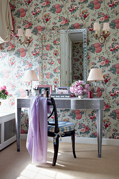 A lady's dressing room calls for a feminine hydrangea and rose chintz by Clarence House. Photo by Christopher Baker