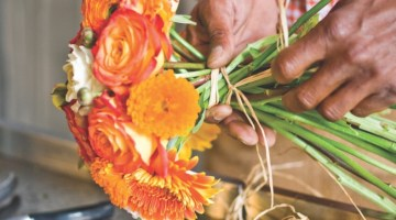 how to make bouquets, summer flower arrangements