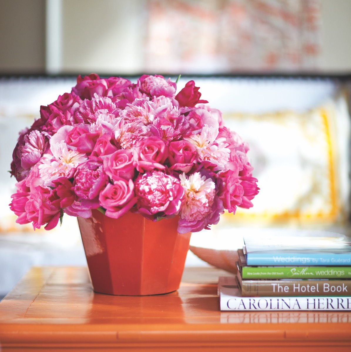 Pretty In Pink Arrangement Flower Magazine Home Lifestyle