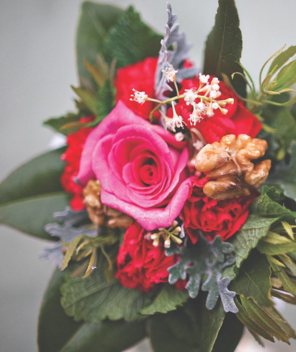graduation flowers, meanings of flowers, tussie mussie