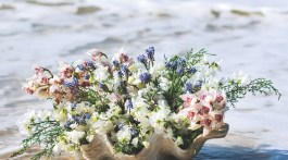 Christina Springfield, beach inspired flower arrangements
