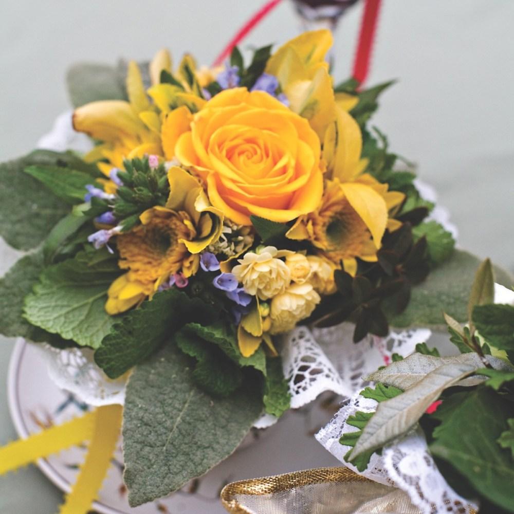 tussie mussie, get well flowers, meanings of flowers
