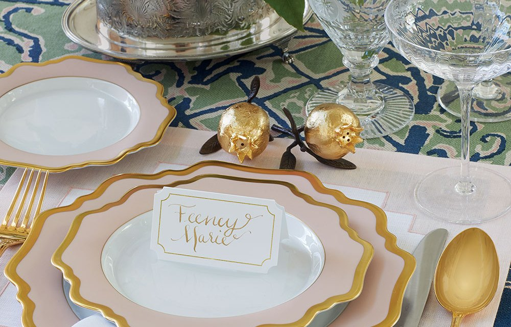 tablescape ideas, Pink and gold table setting