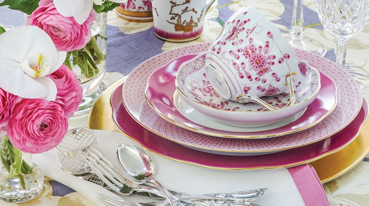 Chinoiserie-themed table setting