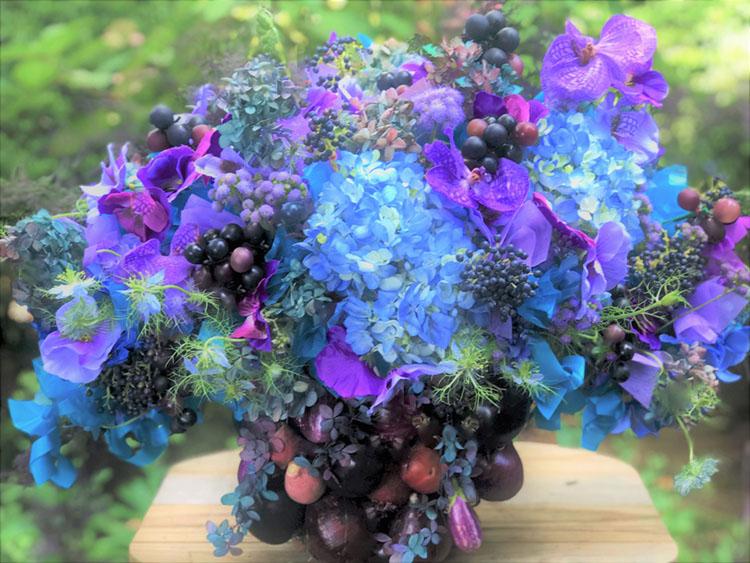 blue floral arrangement by Laura Dowling