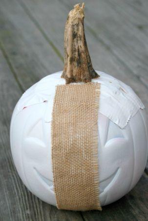 Plastic Pumpkin Bucket Makeover DIY Image 2