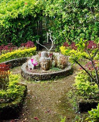 157-Summit-Garden-buddha