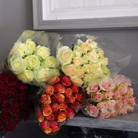 florist choice mixed rose bunch, 6roses R300, 12 roses R360, 20 roses R550,