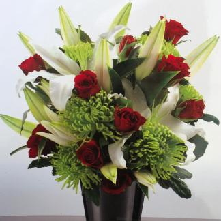 White lily and rose bouquet