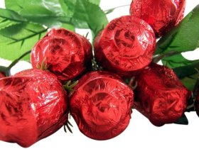 One Dozen (12) Long Stem Milk Chocolate Rose Candy Bouquet