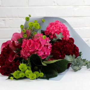 Pink green bouquet - bright from the Flower Station