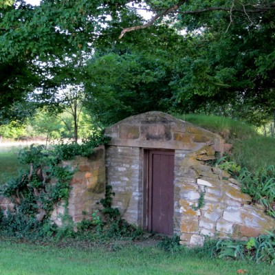 How to build a Root Cellar for Food Storage