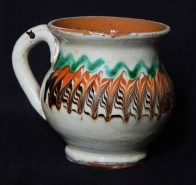 Miniature pot with handle