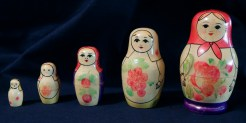 Russian Nesting Dolls (Peasant Women)