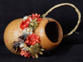 Miniature hanging gourd with flower ornamentation