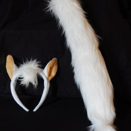 "Costume accessories-USA-Popular culture-Fake fur/felt/metal clip-Headband-7 1/2"" x 7 1/2"", Tail-21"" long"