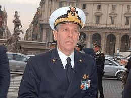 Il Ministro della Difesa amm. G.P. Di Paola