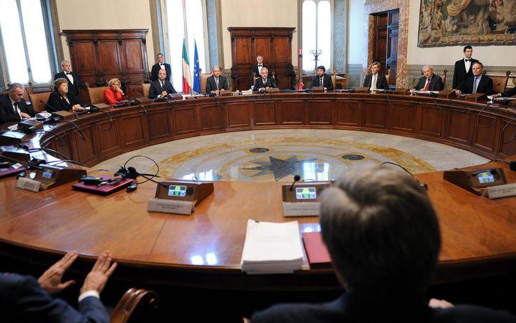 Il Consiglio dei Ministri approva in prima lettura i due schemi di decreti  attuativi della legge delega n. 244/2012 | Flp Difesa