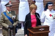 Il Sottosegretario alla Difesa, sen. Roberta Pinotti
