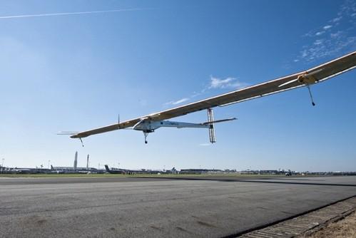 Solar Impulse, el avión solar que recorrerá el mundo