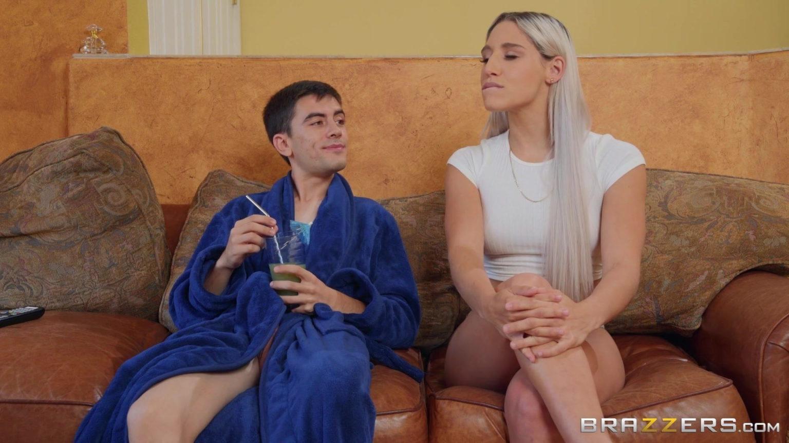 Abella Danger ve Jordi'nin nefes kesen pornosu