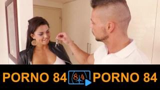 Latin kadın para kaşılığı sex yapıyor