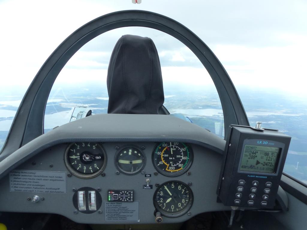 ASK 21 Cockpit vom hinteren Sitz aus gesehen