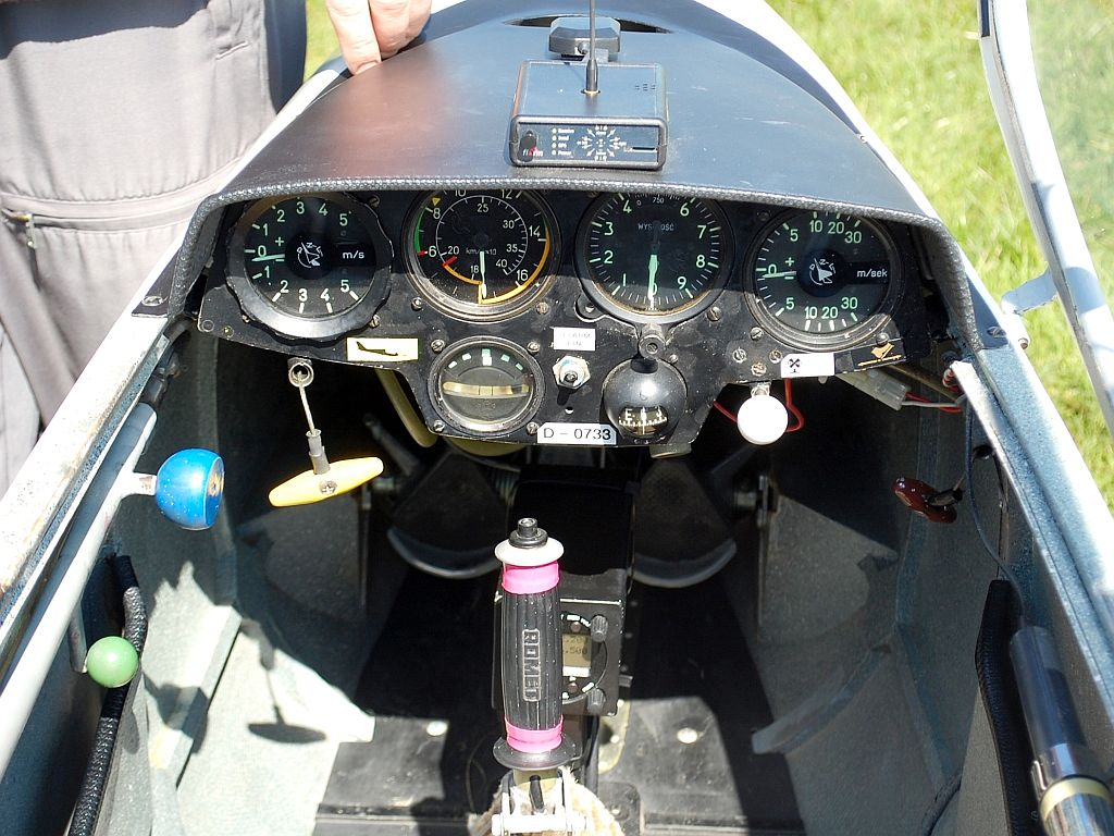 Pirat D-0733 Cockpit