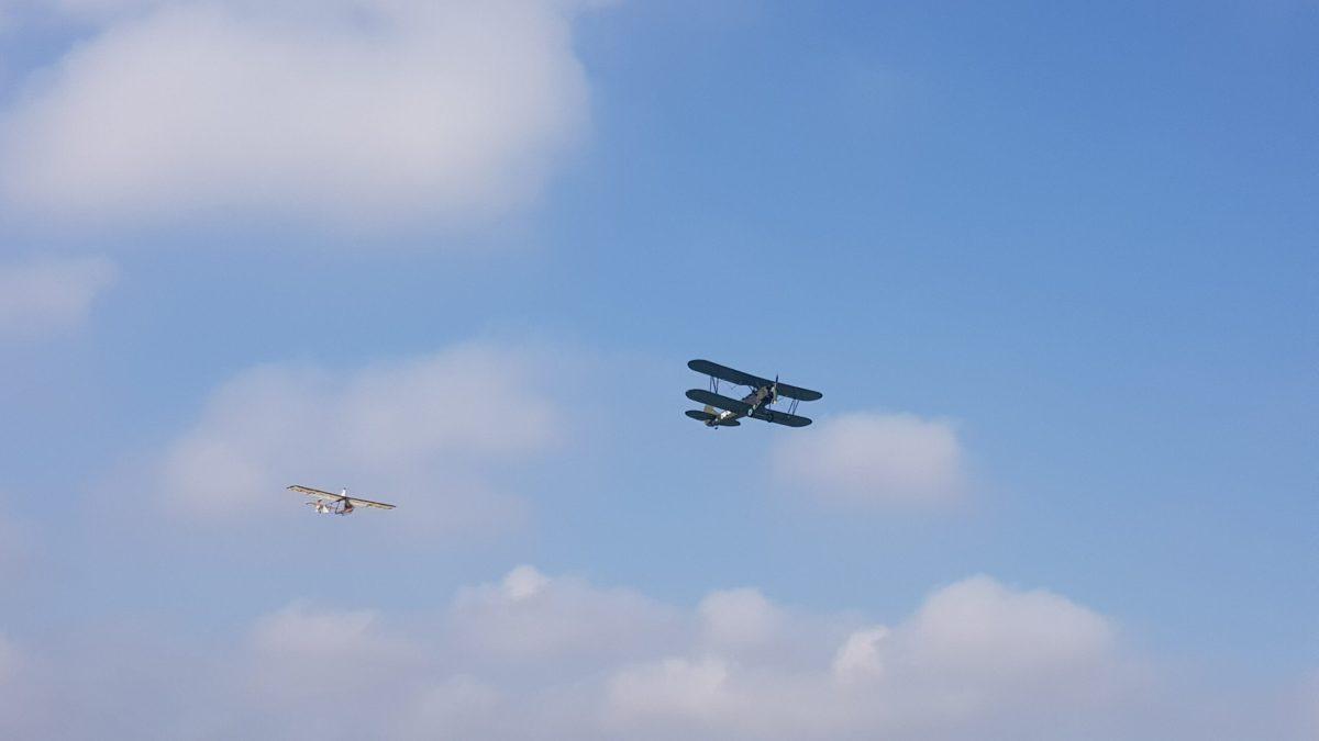 Historischer Flugzeugschlepp